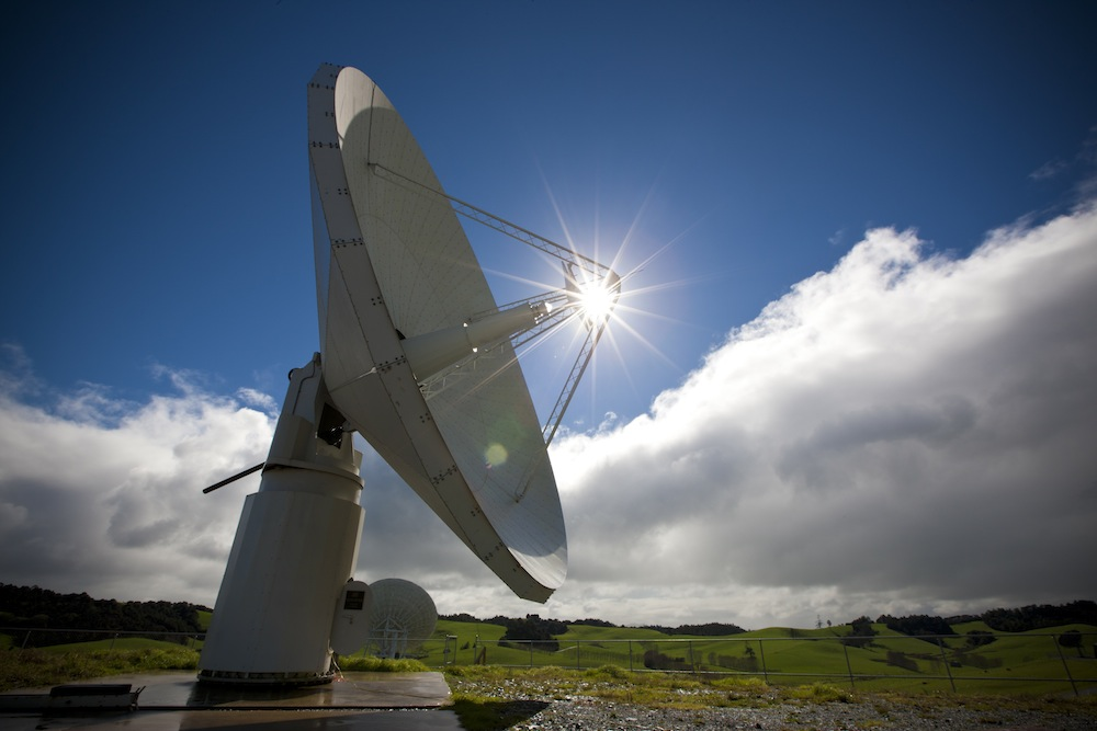 The Warkworth antenna in New Zealand – an important part of early SKA science. Credit: Alex Wallace.